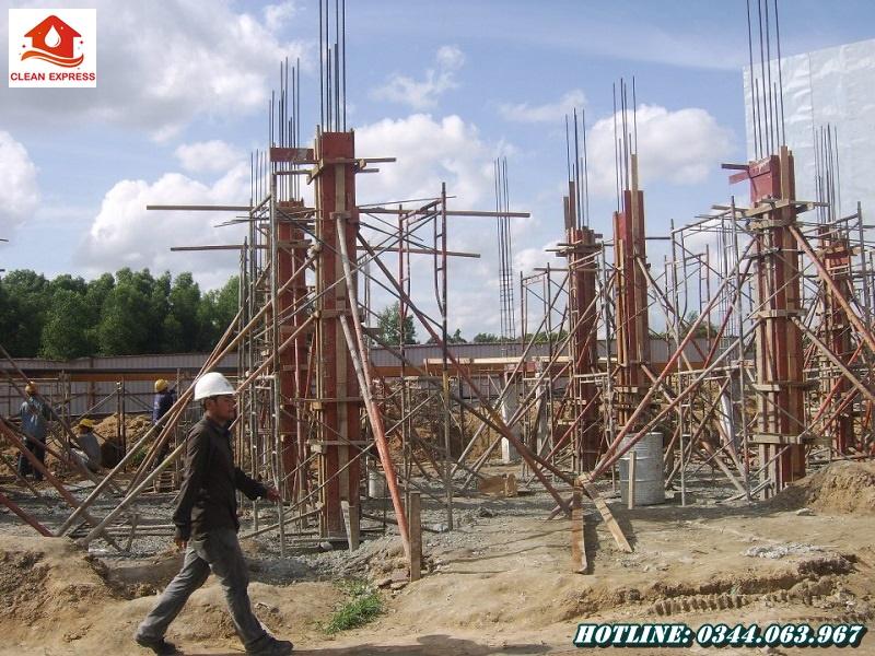 Chia sẻ kỹ thuật đổ bê tông cột chuẩn kết cấu từ Đất Tháp